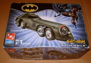 MODEL KIT  BATMISSILE BATMAN 1/25