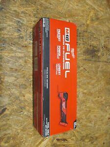 Milwaukee 2836-20 M18 FUEL Li-Ion Oscillating Multi-Tool ( LOT 296)