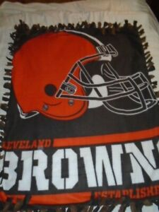 CLEVELAND BROWN'S NFL FOOTBALL  HAND TIED DOUBLE SIDED FLEECE RAG BLANKET~NEW
