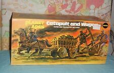 vintage Mego pota PLANET OF THE APES CATAPULT AND WAGON in box
