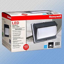 New Honeywell LED Rectangular Security Light, WallLight 4000 Lumen Titanium Gray