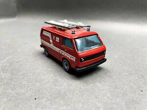 """Siku--VW Volkswagen Transporter """"Feuerwehr"""" / 3 G 886"""