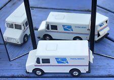 Van Chevrolet U.S. Postal Service, vrai jouet américain à rétro-friction, 1/43,