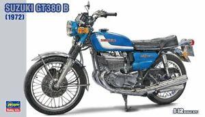 Hasegawa 21505 BK-5 1/12 Scale Model Motorcycle Kit Suzuki GT-380 B Sebring 1972
