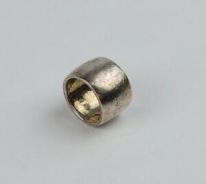 925 Sterling Silver Chunky Ring Band Shape -Lucky Weight- 7.77 Grams Size 7