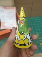"""Clarice Cliff sugar shaker.  Fantasque Centenary """"Apples"""" By Wedgwood"""