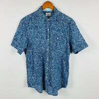 Tommy Bahama Mens Hawaiian Shirt Button Up Size Medium Paisley Blue Short Sleeve