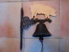 Vintage Grand Très Lourd Métal Moulé cochon Bell avec Poireau et cordon attachement