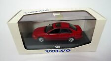 VOLVO S40 - Rouge / Red  - MINICHAMPS 1:43