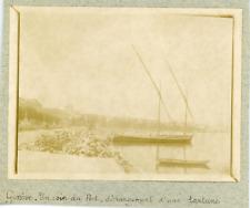 Suisse, Genève, Un coin du Port, déchargement d'un bateau, ca.1900, vintage