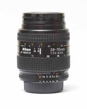 Nikon AF Nikkor 28-70mm f/3.5-4.5 d nº 908