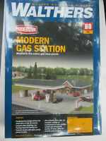 Walthers USA 3537 Modern Large Gas Station Kit Plastic