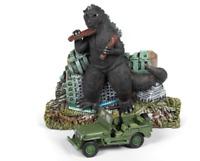 A.S.S NEU Johnny Lightning 1/64 Willys MB Jeep Godzilla Ground Assault Display