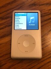 Ipod Classic Silver/white 120gb Works Great Holds Tons of Songs