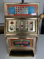 Waco Vintage Casino King Gambling Slot Machine Bank