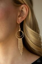 PAPARAZZI EYE-CATCHING EDGE GOLD DIAMOND CUT HOOPS GOLD RODS EARRINGS