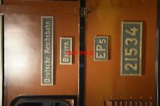 PHOTO  NUMBERPLATE AND CLASS PLATE OF ROYAL BAVARIAN STATE RAILWAYS 15000 V AC O