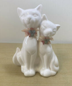 Vintage Ceramic White Pair of Siamese Cats Planter Vase 1950