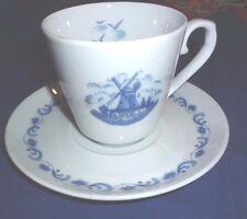 Tasse und Unterteller von Winterling mit Windmühlenmotiv blau / weiss NEU