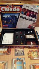 CLUEDO The Classic Detective Board Game c2000 by Hasbro *VGC*