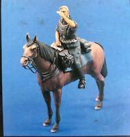 1/35 Resin Figure Model Kit German SS Soldier on Horse WW2 Unassambled Unpainted