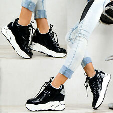 Neu Plateau Sneaker Boots Lack Damen Schuhe Stiefeletten Schwarz Wedges M63