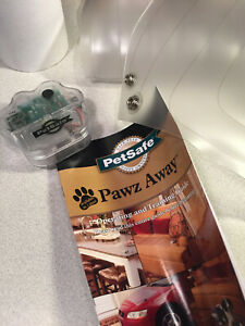 PetSafe Medium Paws Away  Indoor Pet Training Mat (Medium 12 x 60 inches