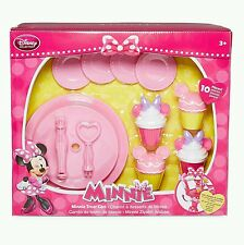 Disney Junior Minnie Mouse Rolling Treat Play Set Convert to Table