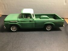 1960 Ford Pick up Truck F100 Dealer Promo Green White 1/24 scale AMT Inc. SSP!!