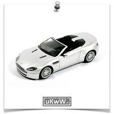 Minichamps 1/43 - Aston Martin V8 Vantage roadster 2009 argent