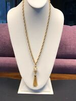 Vintage Pretty  White Pearl Tassel Pendant Necklace Heavy Gold Rope Chain 24""