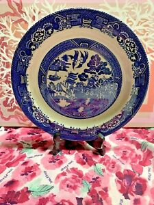 VINTAGE WOOD & SONS 'WILLOW' PATTERN BLUE & WHITE PLATE 23cm STUNNING