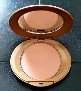 Avon Arabian glow pressed powder 10g  Shimmering Bronze  Discontinued NEW