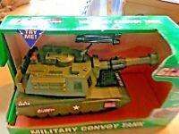 Hasbro Military Toy GI Joe Military Convoy Tank Firing Hatch NIP 2004 SKU031-033