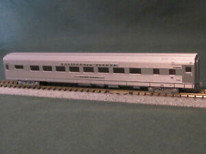 "Kato N Scale California Zephyr  CB&Q "" Silver Larch ""  16- Section Sleeper"