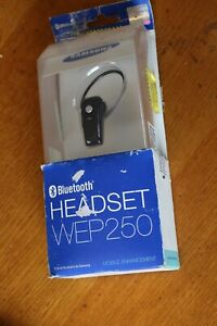 SAMSUNG WEP 250 Wireless Bluetooth Headset Handsfree Earpiece & Charger