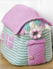Beach hut doorstop knitting pattern, very easy NOT the actual item DK 802