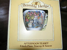 BRAMBLY HEDGE ROYAL DOULTON AUTUMN FULL SIZE CUP SAUCER PLATE TRIO BOXED 1ST QTY