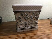 Waverly-Wellington-Black & Cream Floral Toile-Tissue Box Holder-Discontinued!