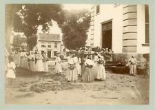 France, Martinique, sortie d'église, lieu à identifier  Vintage albumen pri