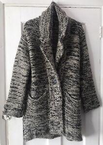 ZARA Knit Grey Thick Cardigan. Size MEDIUM