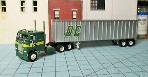 HO scale tractor trailer, Athearn, Denver Chicago Trkg., Freightliner, 40 ' van
