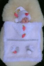 PRINTED PAPER KNITTING PATTERN TO MAKE 'THAT'S CHRISTMAS COVERED' BABY SETS