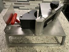 Vollrath Redco Instaslice 3/8� Fruit And Vegetable Slicer - Scalloped - 15104