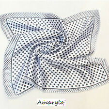 Foulard Carré satin de polyester (soie artificielle) Pois noirs sur fond blanc