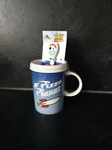 Disney Toy Story 4 Pizza planet ceramic  Mug With Forky Spoon New