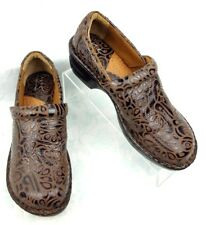 24593d9924d EUC Born of Concept BOC Brown Tooled Leather Slip On Clogs Shoes Women s  SIze 9