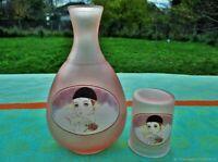 Cruche ancienne avec un verre Pierrot en verre Art Déco France Antique jug with