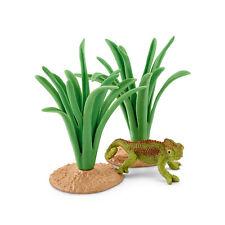 Schleich 42324 Chameleon In Reeds (Wildlife Accessories) Plastic Figure