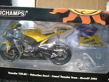 1:12 Valentino Rossi 2006 MotoGP Yamaha YZR-M1 Camel Yamaha Team Minichamps